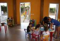 Resort con sala mini club con giochi