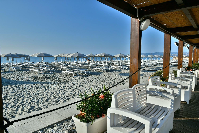 Foto Divertenti Bambini Al Mare sira resort | eco villaggio 4 stelle sul mare vicino matera