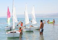 Corsi di vela FIV per bambini in spiaggia